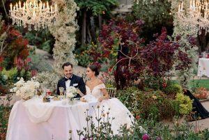 couple-wedding-table